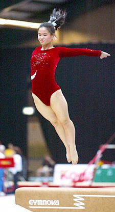 """""""Special Olympics has not only given me the opportunity to compete, but also the confidence to compete. I am very proud of my accomplishments, and where else would I get to travel around the world?"""" (Source: Mei-Yu Lau - http://couch-gymnast.blogspot.com.es/2008/11/cartwheels-in_21.html ]"""