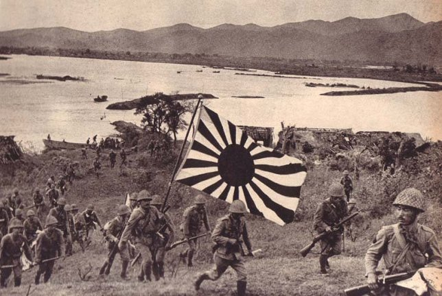 Japanese troops attacking Hong Kong from Shenzhen Spirce / read more: http://www.hillmanweb.com