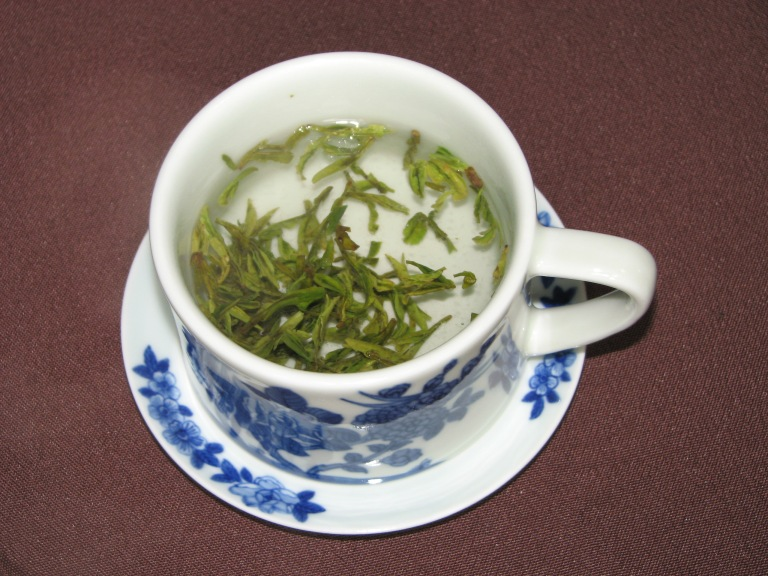 How to capture the appeal of Hangzhou in one slogan? Read the tea leaves - Hangzhou's Longing (Dragon Well) Tea